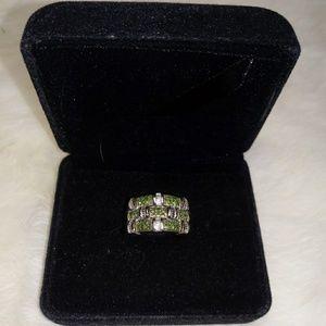 Jewelry - diamond ring (100% natural green diamonds)